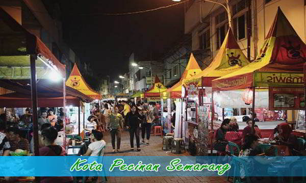 Wisata Malam di Pecinan Semarang