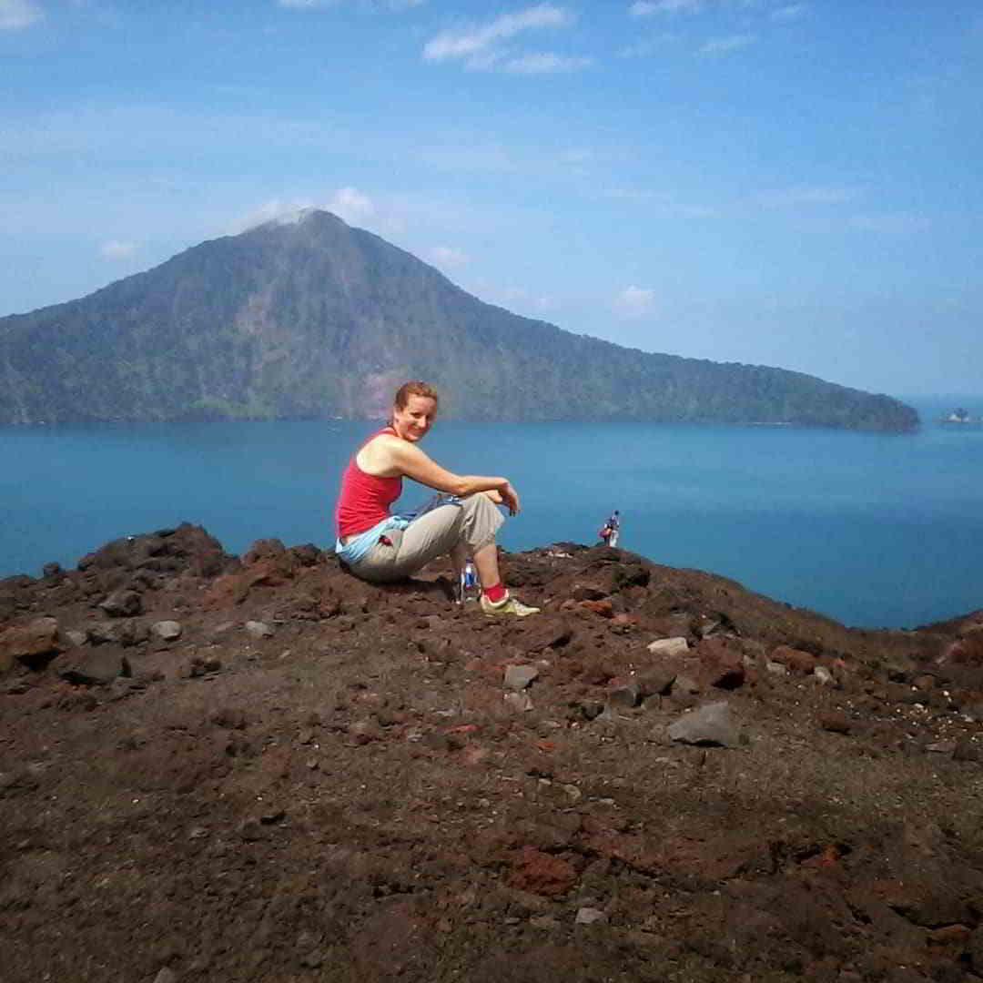 gunung-krakatau-tempat-wisata-di-banten