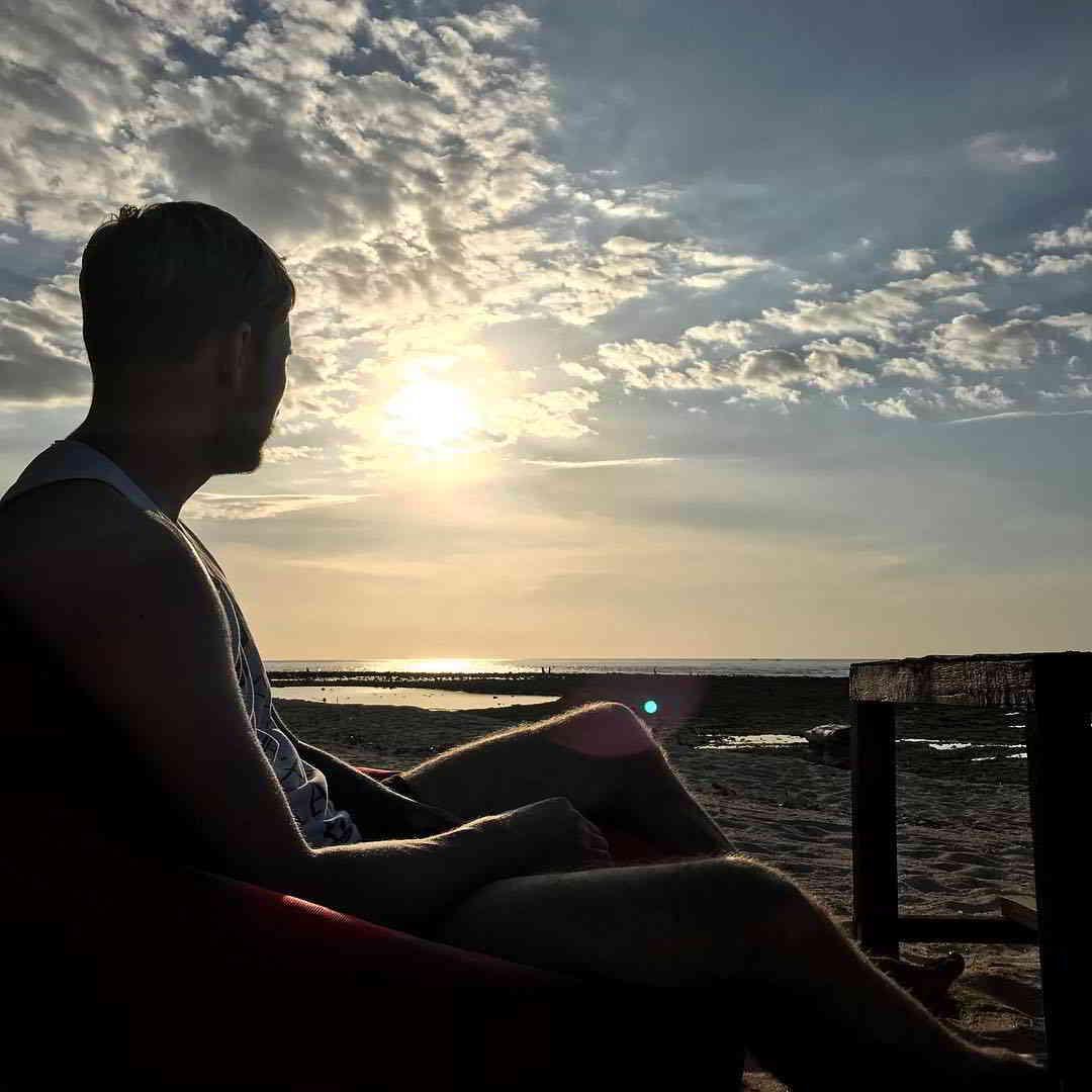 wisata-pantai-di-lombok-gili -meno