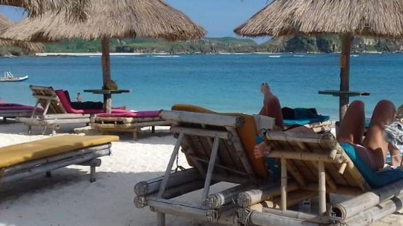 fasilitas-pantai-kuta-lombok