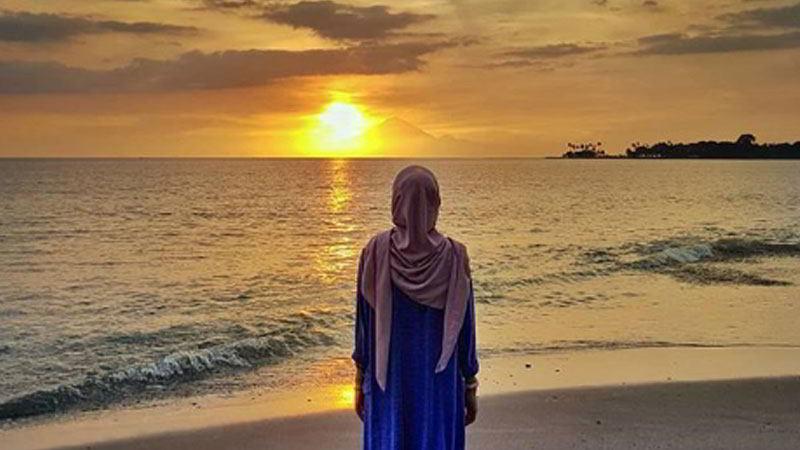matahari-tenggelam-pantai-senggigi