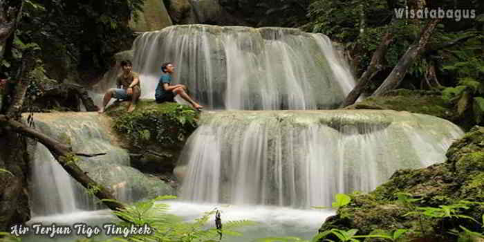 Air-Terjun-Tigo-Tingkek-Padang