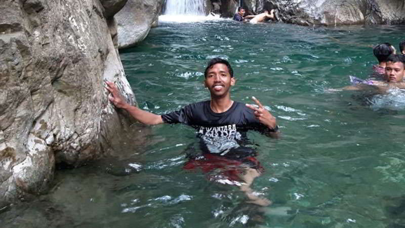 curug-leuwi-hejo-berenang