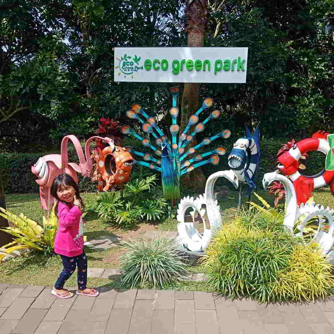 eco-green-park-jungle-adventure