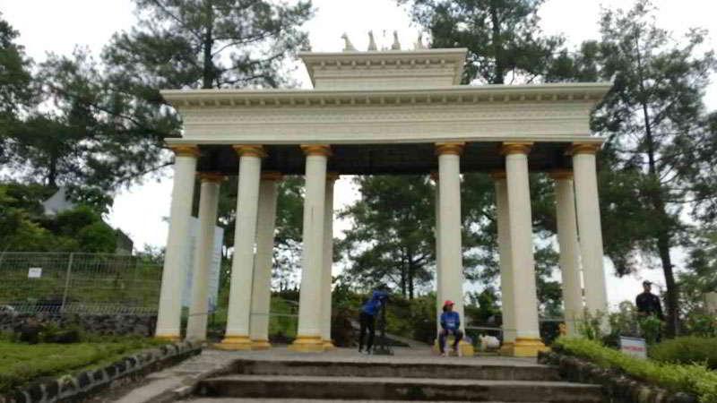merapi-park-Brandenburg-Gate