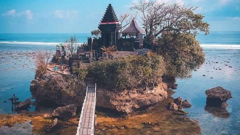 pantai-balekambang-2019