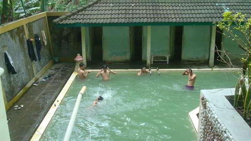 pemandian-air-panas-candi-gedong-songo