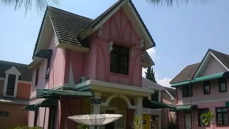 villa-di-puncak-zevannya-villa-praha-kota-bunga-2