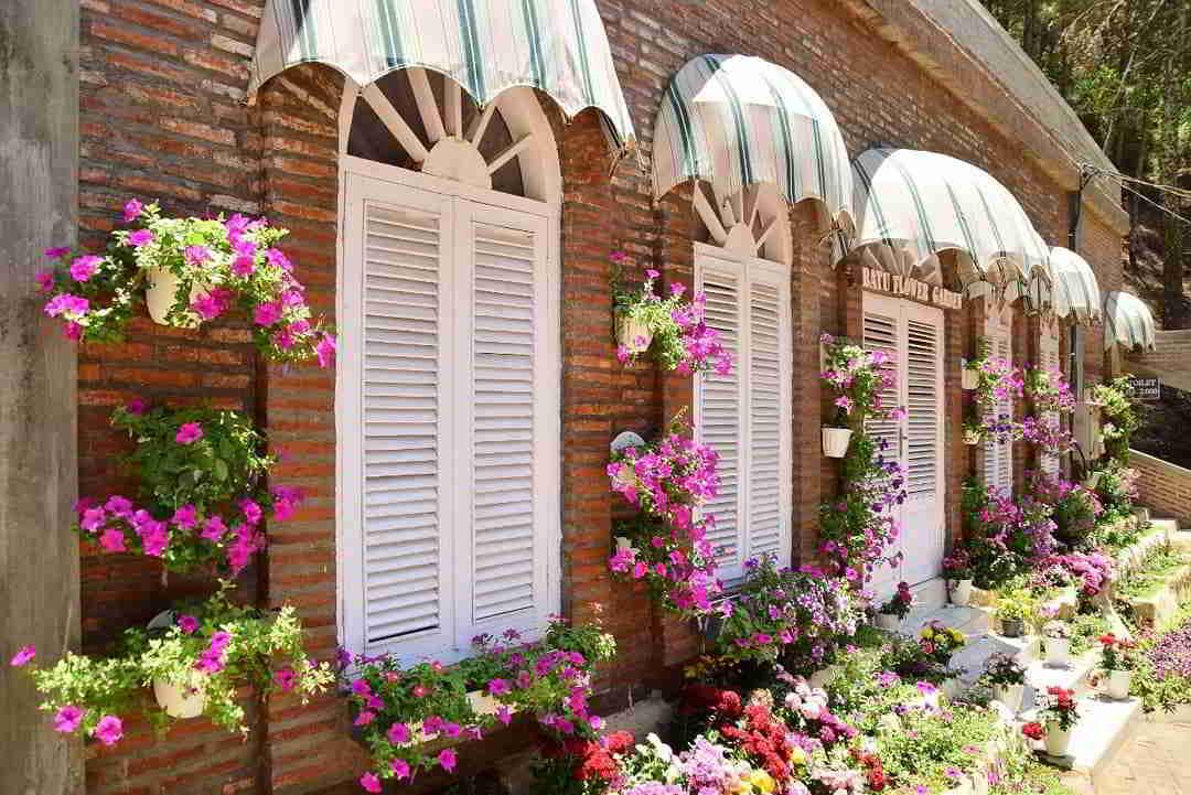 alamat-batu-flower-garden
