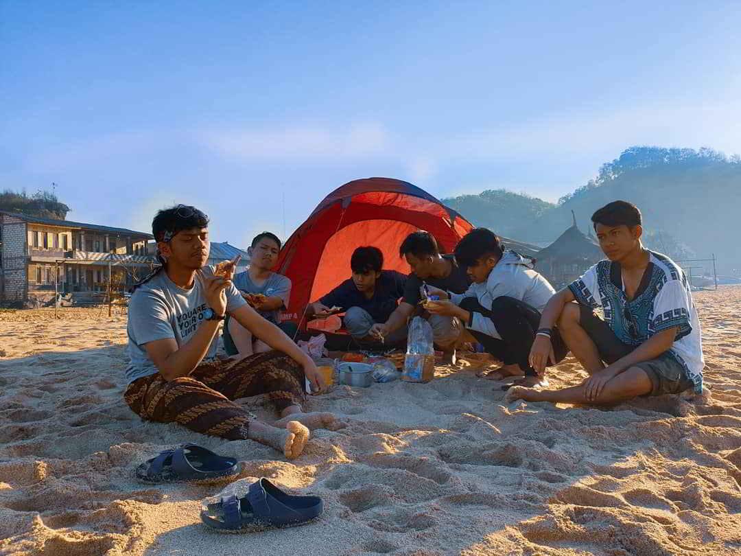 camping-pantai-drini