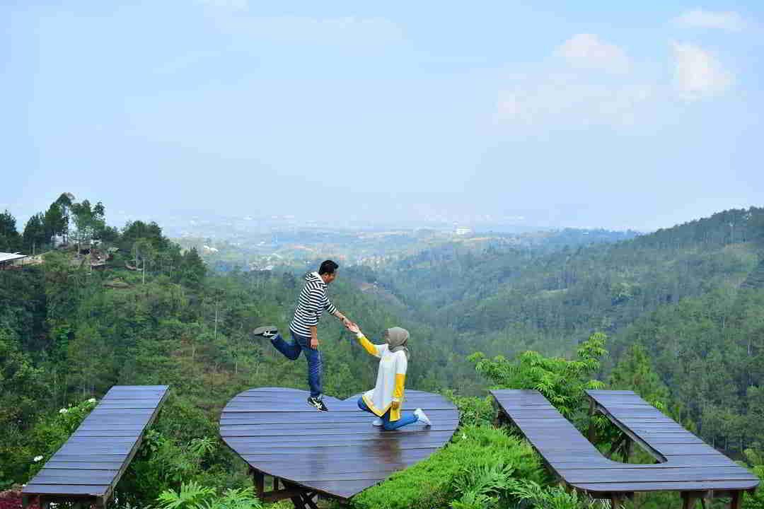 wahana-batu-flower-garden