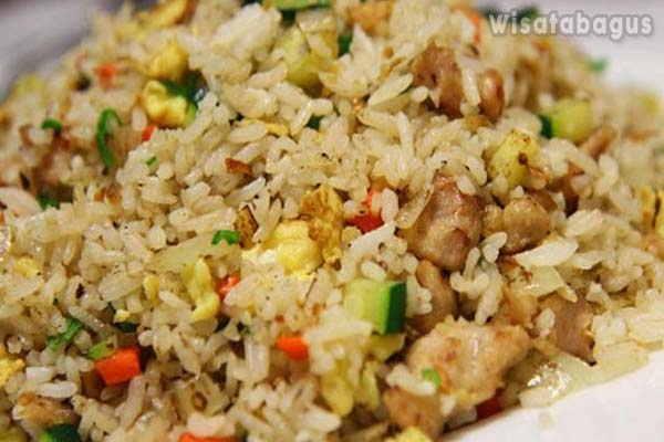 Nasi-Goreng-Ikan-Asin-Varian-Nasi-Goreng-Indonesia