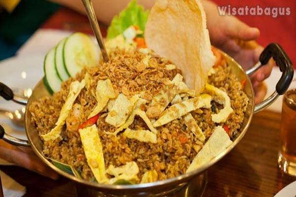 Nasi-Goreng-Jancuk-Varian-Nasi-Goreng-Indonesia