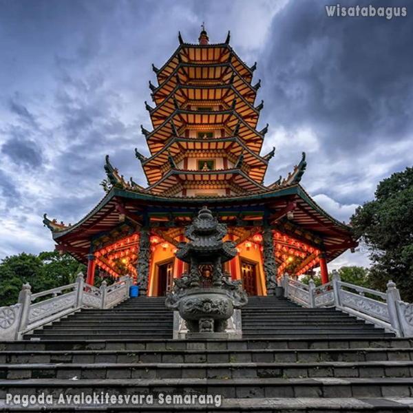 Pagoda-Avalokitesvara-Semarang