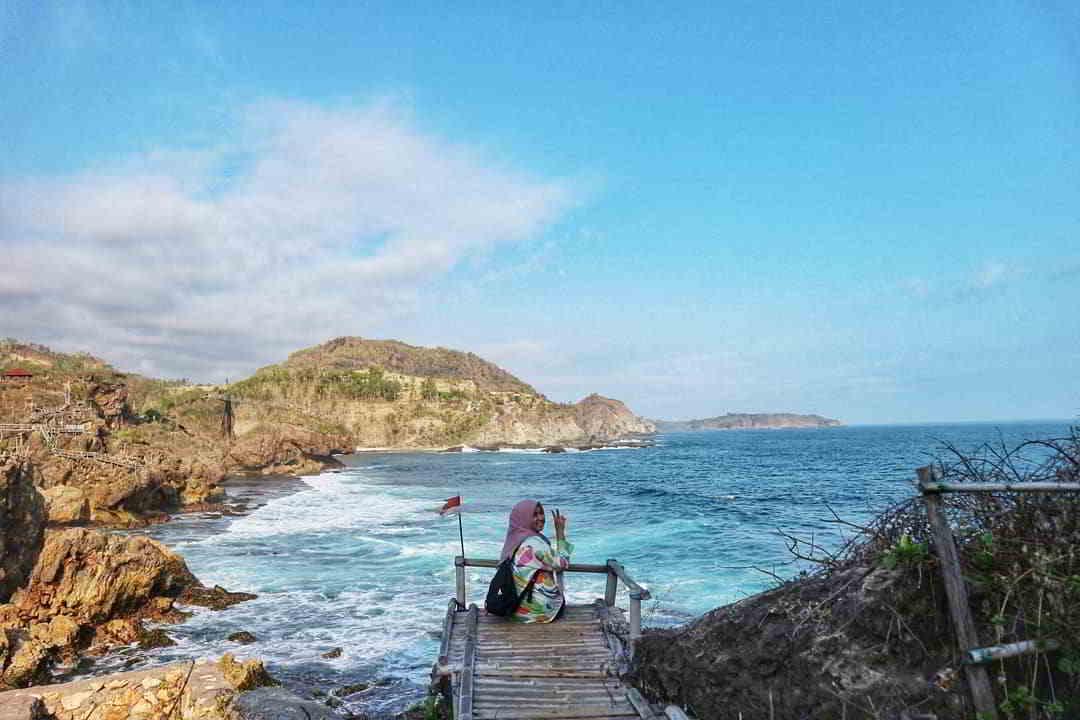 pantai-nglambor-yogyakarta