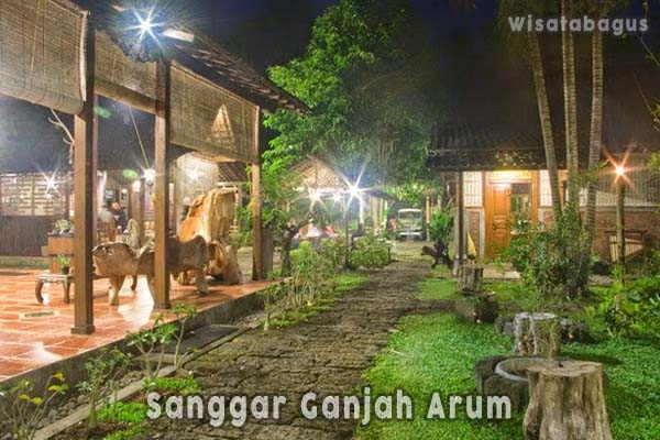 Sanggar-Ganjah-Arum-Suku-Osing-Banyuwangi