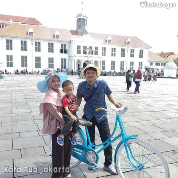 Kota Tua Jakarta: Lokasi, Tiket Masuk, & Wisata Menarik