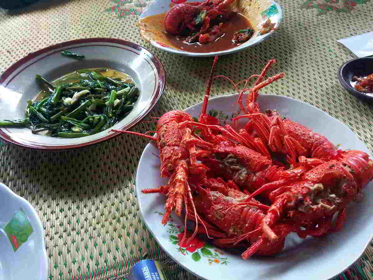 pantai-timang-lobster