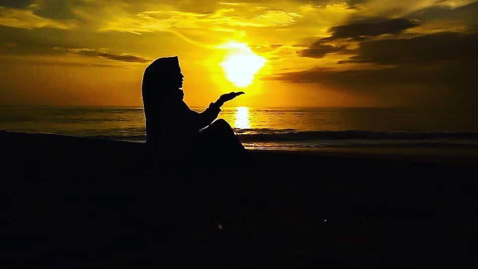 sunset-di-pantai-kuta-bali
