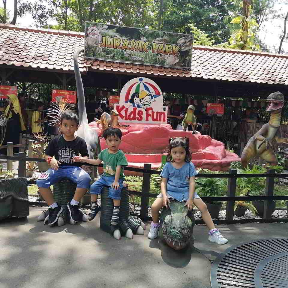 jurassic-park-kids-fun