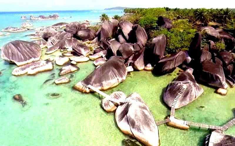 Wisata Khas Pulau Natuna