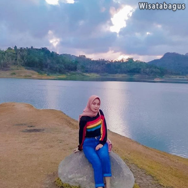 waduk-sermo-camping-ground