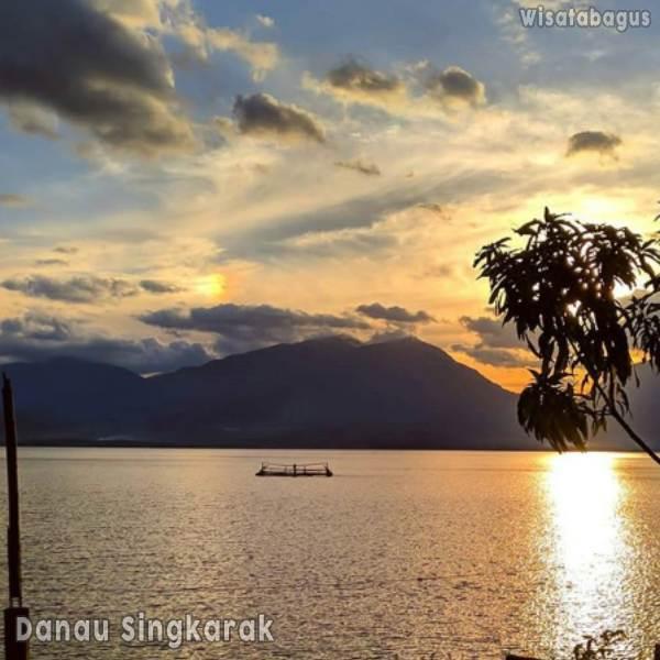 danau-singkarak-sumatera-barat