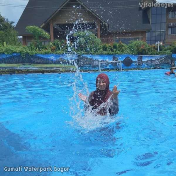 gumati-waterpark-sentul-city