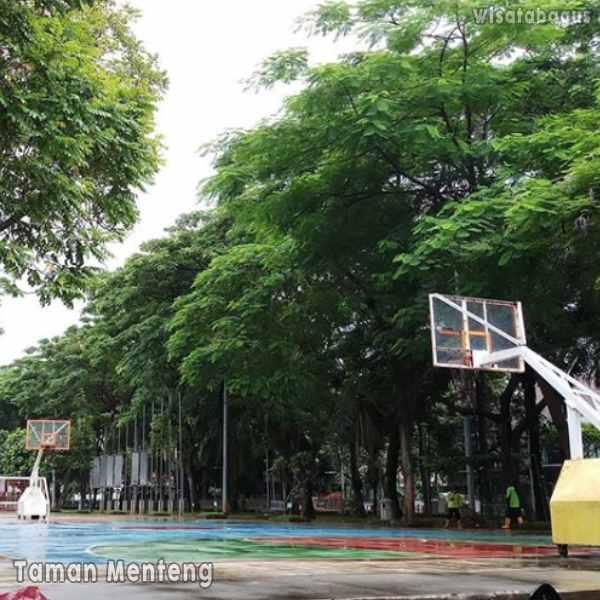 fasilitas-taman-menteng