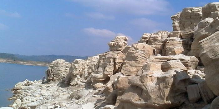 Lobang Sewu Tempat Wisata Di Wonosobo